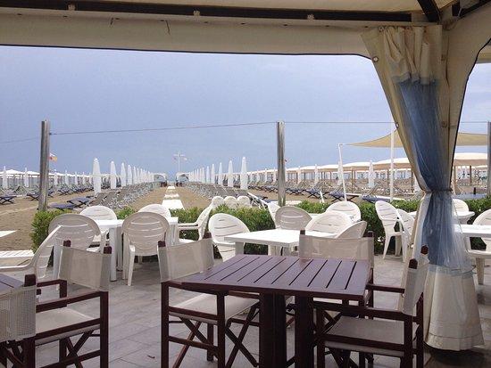 Bagno reginetta viareggio ristorante recensioni numero di telefono foto tripadvisor - Bagno italia viareggio ...