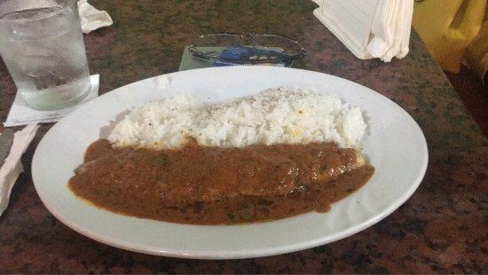 La corvina en salsa curry y arroz basmati es excelente! Tiene muy buen sabor y muy buen tamaño.
