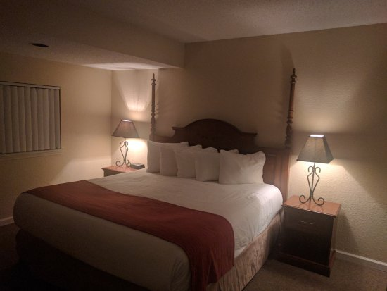 Chase Suite Hotel Overland Park: IMG_20170628_220410_large.jpg