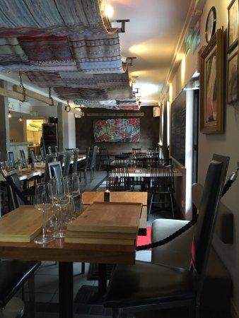 Kungsgatan 1: Inside tables at the restaurant.