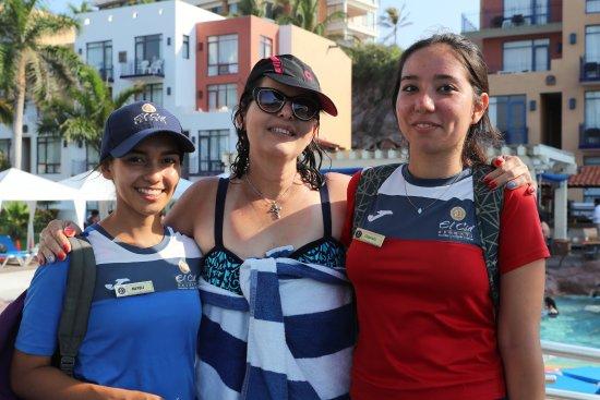 El Cid Marina Beach Hotel: Pool Activitiies Staff: Gabriela & Nayeli