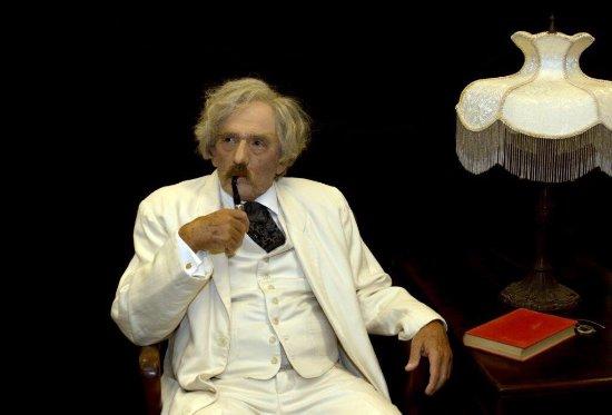 A Memorable Evening in Bermuda with Mark Twain