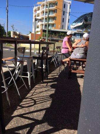 Mudjimba, Australia: outdoor dining