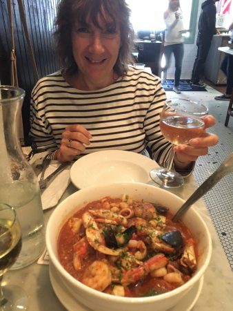 "Sotto Mare Oysteria & Seafood: THE ""BEST DAMN CRAB CIOPPINO"" WITH SEAFOOD EVER!"