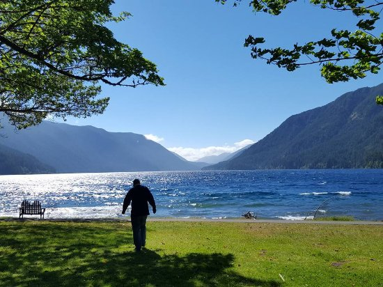 Lake Crescent Lodge: even more beautiful than it looks here...