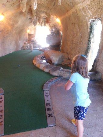 Branson, MO: Dinosaur Canyon Mini Golf (T-Rex course)
