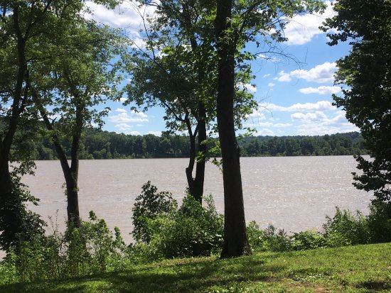 Leavenworth, Ιντιάνα: Our view of the Ohio River