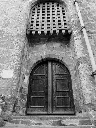 Appleby Castle: Portcullis door