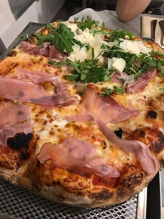 Pizzeria da gennaro marina di pietrasanta ristorante - Forno pizza da gennaro ...