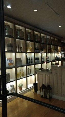 Fig & Olive Melrose Place: IMG-20170630-WA0050_large.jpg
