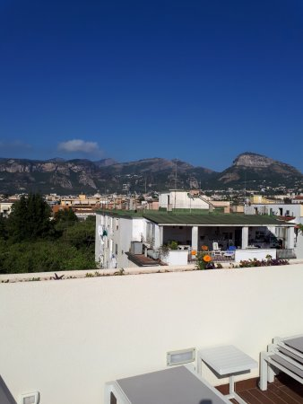 Hotel Club Sorrento: View from roof terrace
