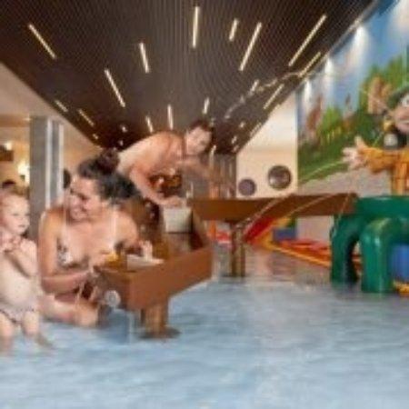 Hotel Almhof Familyresort Photo