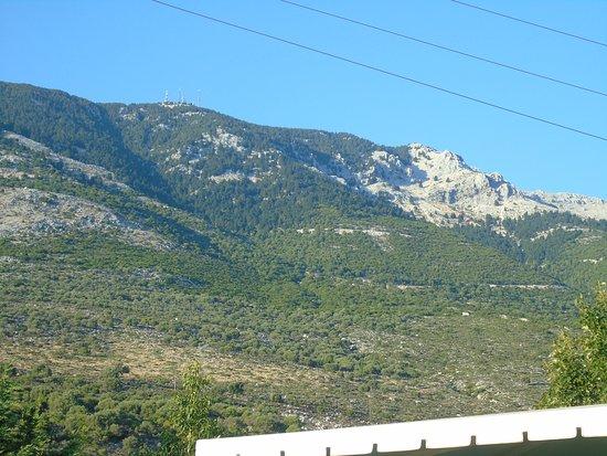 Andromeda Restaurant: Mount Ainos