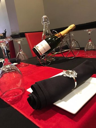New pancholi brierley hill restaurant reviews phone for Fine dining table setting
