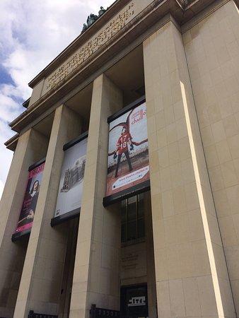 Palais de Chaillot: Prédio