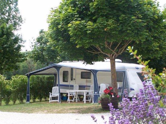 Barrou, France: Parcelle