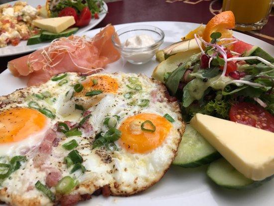 Leckeres Frühstück Im Typischen Prenzlauer Berg Ambiente Beakers