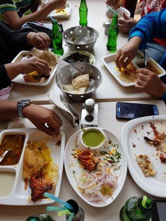 Kolaghat, Indien: Express Food Plaza