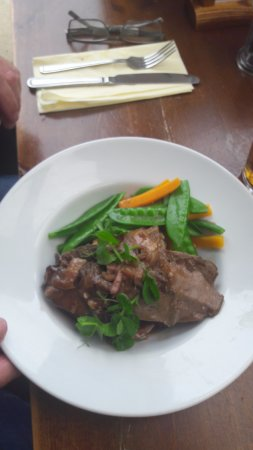 The Jolly Thresher: liver veg and mash potato