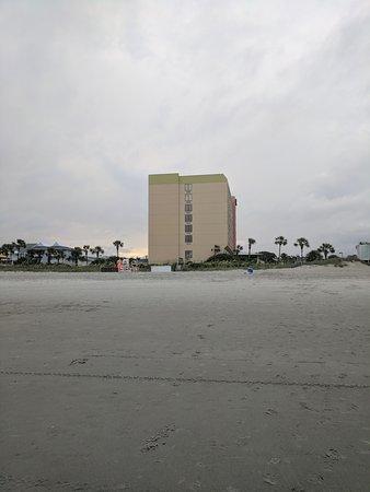 Surfside Beach Oceanfront Hotel: IMG_20170630_191230_large.jpg