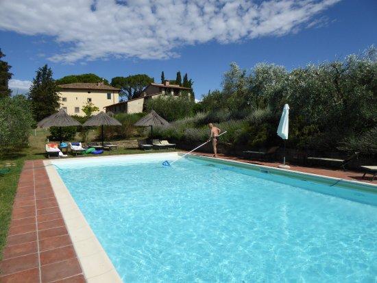 Il Tufo delle Tre Querce: Toller Pool zum relaxen