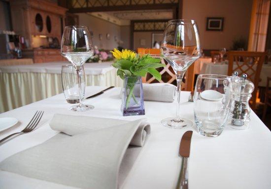 La Tour-de-Peilz, Suiza: Le restaurant