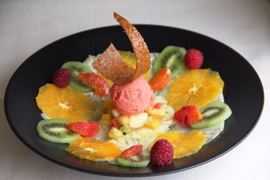 La Tour-de-Peilz, Switzerland: Fraîcheur de fruits