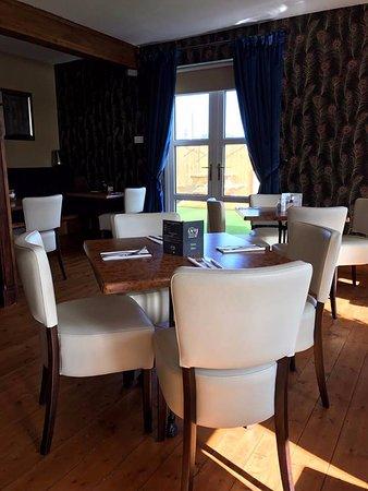 Bunbeg, Ireland: dining room