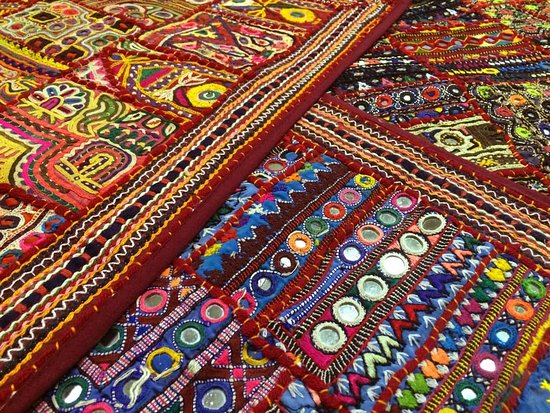 ‪Flying Carpet Handicrafts‬