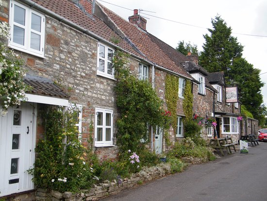 The Druids Arms: Cottages and Druid's Arms