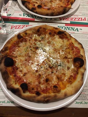 4 quesos foto de pizzeria la nonna granada tripadvisor - Pizzeria la nonna ...