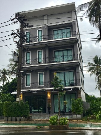 Khlong Muang, Thái Lan: The building has 4 apartment units and is located 300 metres away from the beautiful Klong Muang