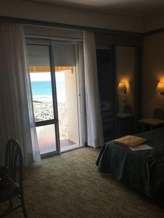 Hotel Montecarlo: photo0.jpg