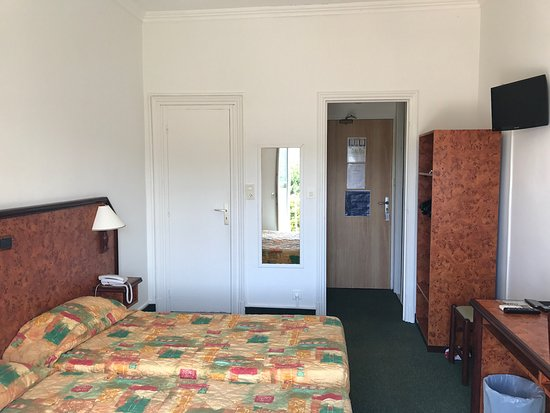 Hôtel Madame Mère : photo1.jpg