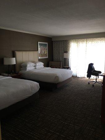 DoubleTree by Hilton Hotel Ontario Airport: photo0.jpg