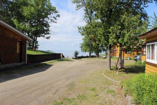 Glen garry motel cottages 7 4 60 updated 2018 for Up north cottages