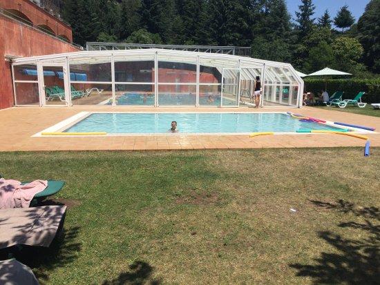 Vilar Rural de Sant Hilari Sacalm: El último en salir jejeje