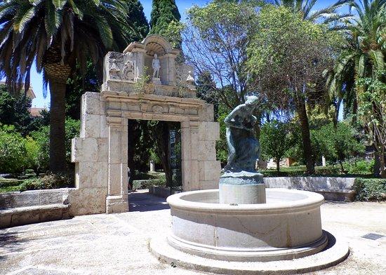Portada del convento de santa julia picture of jardines for Jardines del real valencia