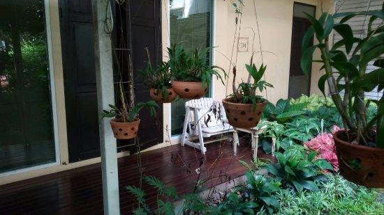 Feung Nakorn Balcony Rooms & Cafe: IMG-20170626-WA0235_large.jpg