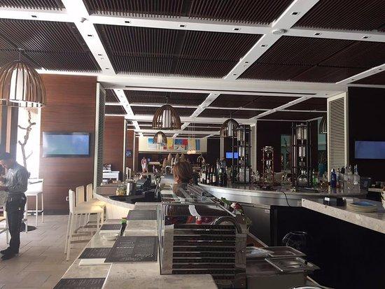 Aruba Marriott Resort & Stellaris Casino: Lobby view from Sushi Bar