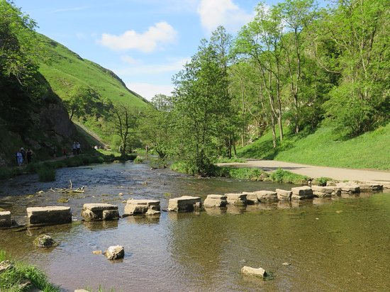 Dovedale Car Park To Stepping Stones