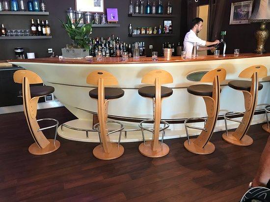 La chaloupe port des barques france inn reviews - Restaurant la chaloupe port des barques ...