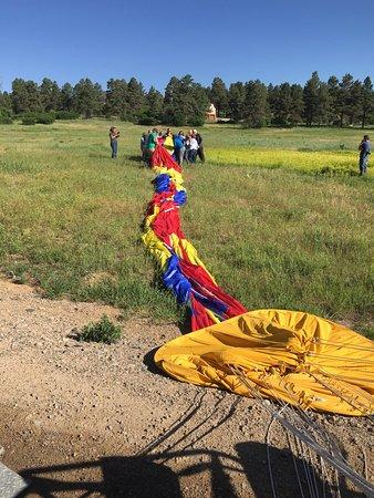 Rocky Mountain Balloon Adventures, LLC.: packing the balloon