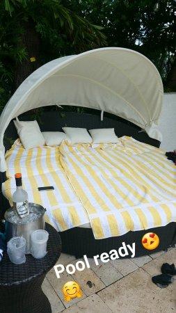 Regency Hotel Miami: Snapchat-982102482_large.jpg