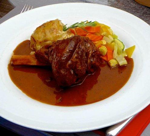 Restaurant Julen : Braise lamb shank