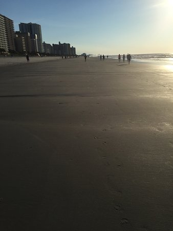 Atlantica Oceanfront Resort: photo1.jpg