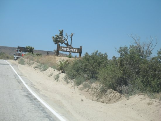 Entering Pioneertown