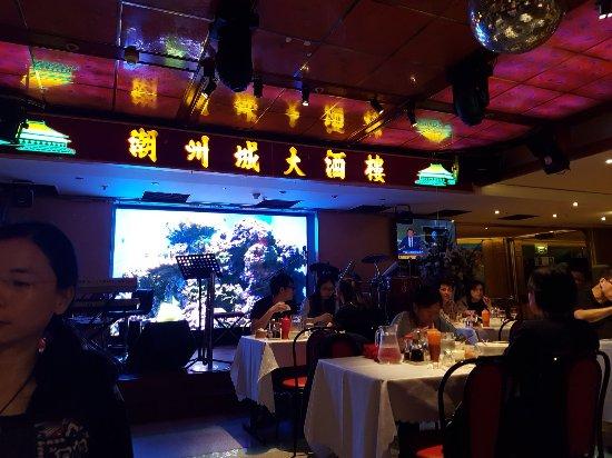 Chine Massena: 20170628_213334_large.jpg