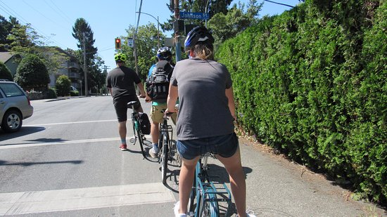 The Pedaler Victoria By Bike: Pedaling around Victoria