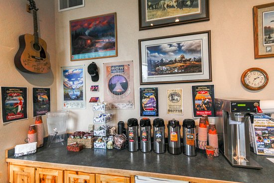 Bigfork, MT: Our free gourmet coffee bar.